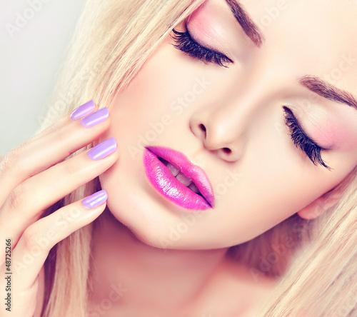 Hair makeup