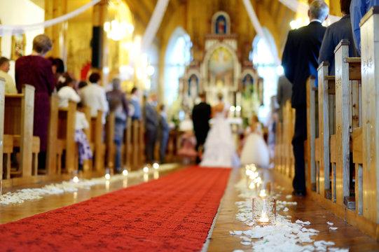 Beautiful candle wedding decoration