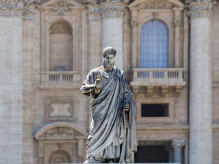 Fotobehang Artistiek mon. Sculpture of St. Peter
