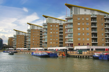 London limehouse harbor
