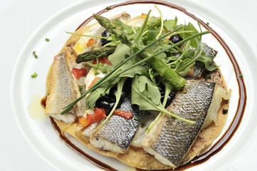 Sea bass fillets with salad canons