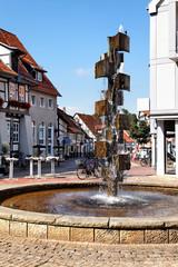 Stadtbrunnen im Zentrum von Wunstorf, Deutschland