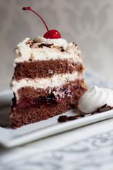 tort na talerzu
