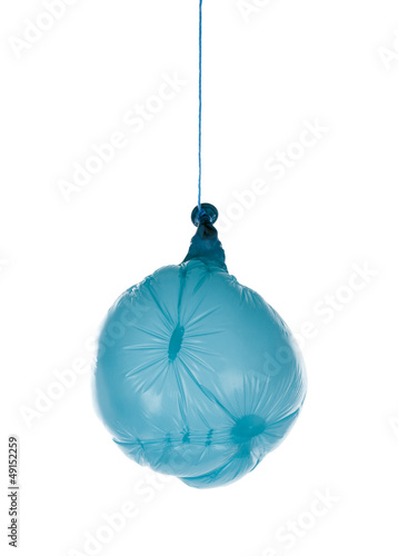 why balloons deflate over time Ok, this might be a stupid question but i just don't get it if i blow up a balloon and tie a knot in it so it's really tight and really secure how come the balloon still deflates over time.