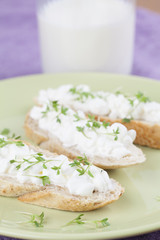 Cottage cheese canapes
