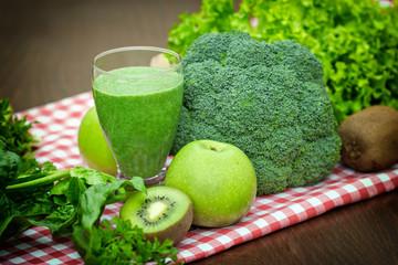 Green juice - green smoothie