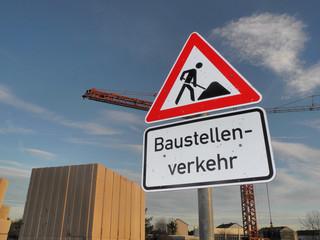 Schild Baustellenverkehr