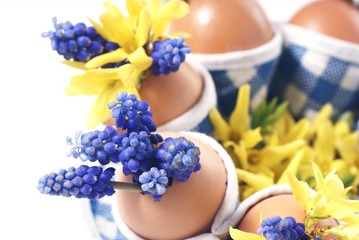 Canvas Print - Easter eggs with flowers