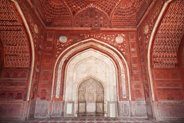 Fototapete - Detail of decorating the Taj Mahal