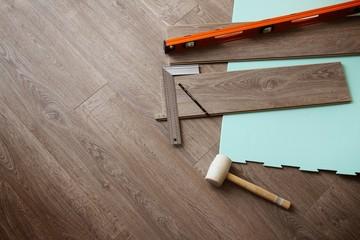 Obraz Pose parquet en bois - fototapety do salonu