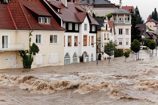 Hochwasser und Überflutung in Steyr, Österreich