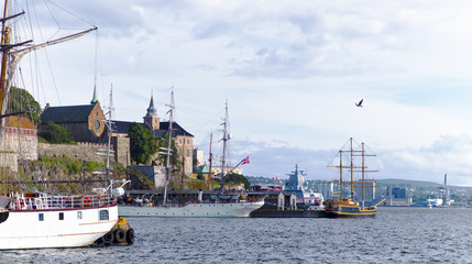 Akershus castle, sailships