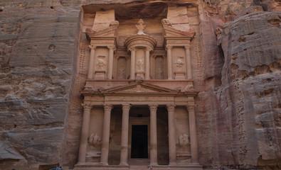 Petra w Jordanii - jeden z cudów świata