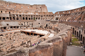 Fototapete - Walls and passages inside colosseum at Rome