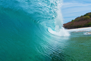 clean beautiful wave barrel