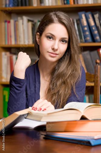 rizhuyu-studenti
