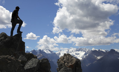 In de dag Alpinisme Bergsteigen