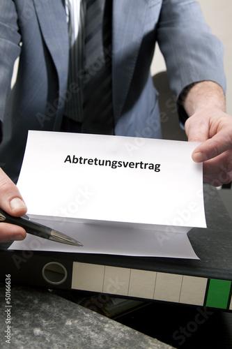 Bilder und Videos suchen: abtretungsvertrag