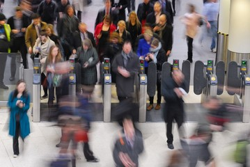 Rush hour at Waterloo train station, London Fotomurales