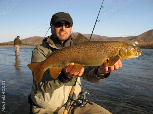 чайлд на рыбалку