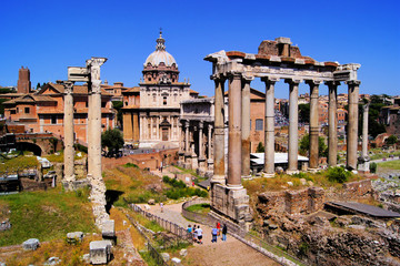 Fototapete - View over the ancient ruins of the Roman Forum, Rome, Italy
