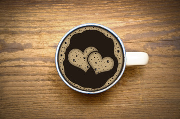 2 Herzen im Kaffee