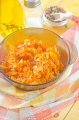 fried cabbage with tomat sauce