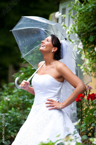 braut regenschirm hochzeit umbrella wedding stockfotos. Black Bedroom Furniture Sets. Home Design Ideas
