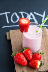 Fotobehang Milkshake Strawberry smoothie