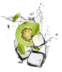 Poster Eclaboussures d eau Kiwi with ice cubes, isolated on white background