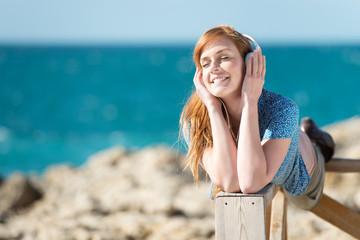 musik hören am meer