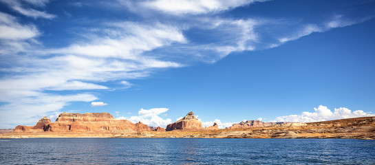 Panoramic view of the famous Lake Powell