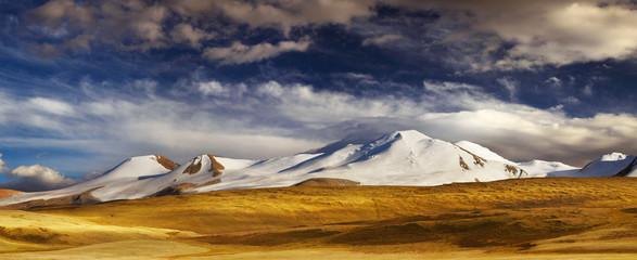Wall Mural - Mountain landscape, Plateau Ukok