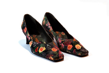 Shoes with rose pattern