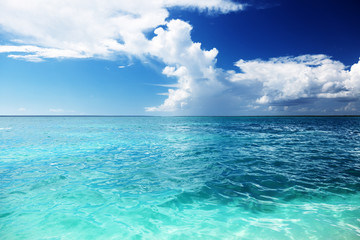Fotomurales - Caribbean sea and sunny day