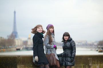 Friends in Paris together