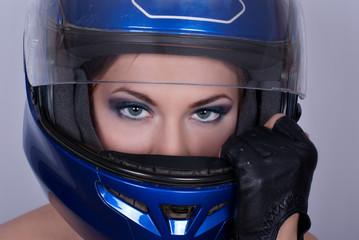 Fotomurales - Girl in biker helmet