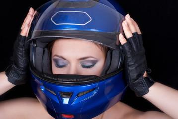 Fototapete - Girl in biker helmet
