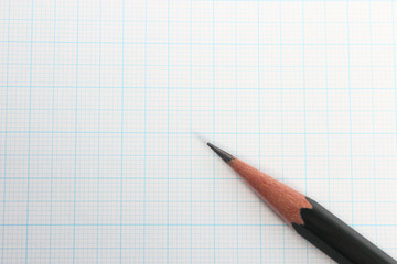 鉛筆と方眼紙