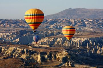 Poster de jardin Paris Balloons in Cappadocia, Turkey