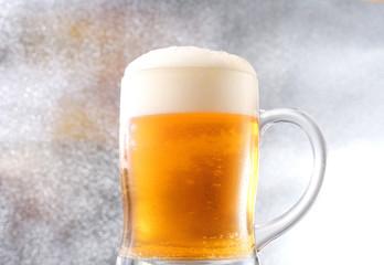 ビール ジョッキ泡