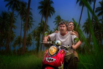 Fototapete - romantic couple on a motorbike