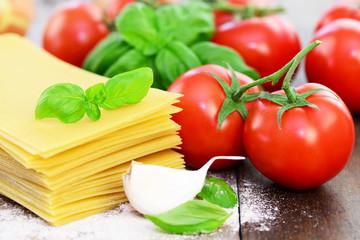 Lasagneblätter,Tomaten