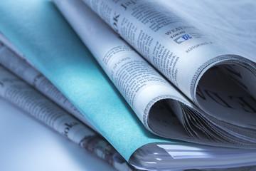 ファイルと新聞
