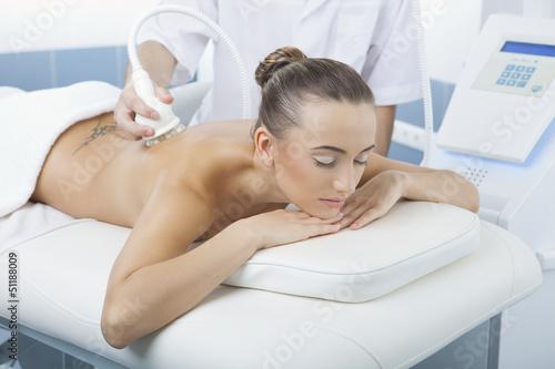 Обзор салонных процедур для похудения: аппаратные