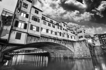 Wall Mural - Gorgeous view of Old Bridge, Ponte Vecchio in Florence at sunset