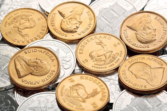 Gold -und Silbermünzen