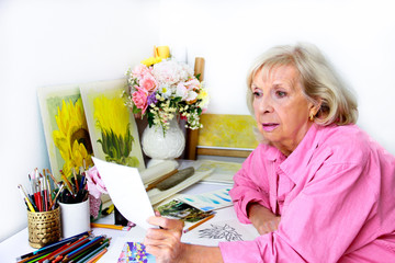 Artist Considers  Preliminary Plans for Art Work
