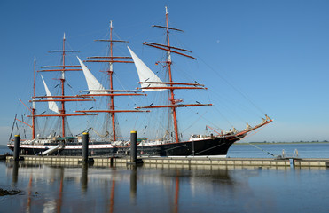 Sailing ship in the port