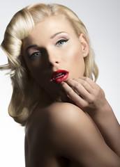 blonde vintage diva